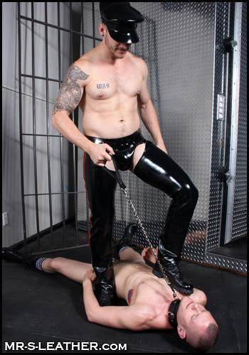 Mr. S Chain Leash with Leather Grip Black