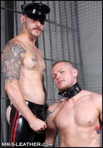 Mr. S Fetters Leather Locking Bondage Collar Black