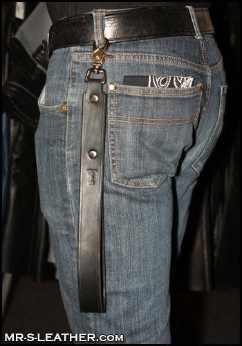 Mr. S Leather Short Leash