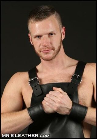 Mr. S Leather Wristband Zipper Pocket Black Small