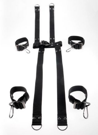Command by Sir Richard's Hogtie & Collar Set
